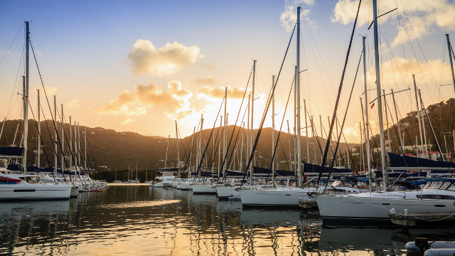 how to charter a yacht bvi