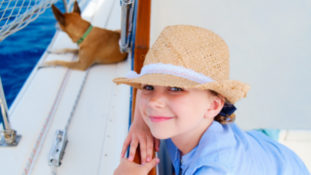 sailing with pets_kids and pets on board